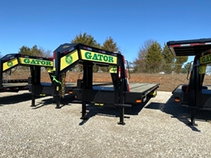 Gooseneck Trailer 30 plus 10 With Hydraulic Dovetail  Gooseneck Trailer 30 plus 10 With Hydraulic Dovetail. Extra long length for additional carrying capacity and big foot hydraulic jack set.